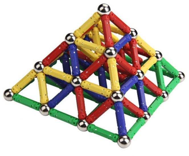 Magnetic Building Blocks (157 Pieces)