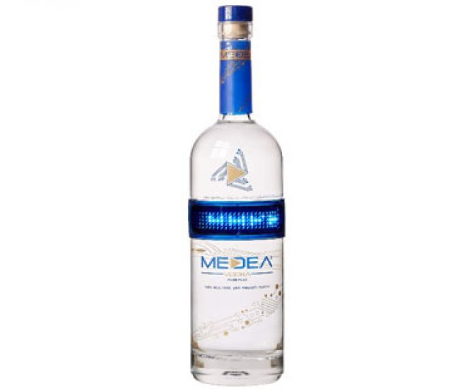 Medea Vodka with Display 0.7L 40%
